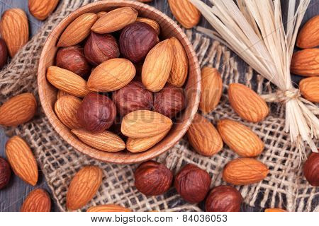 Almonds And Hazelnuts Superfood Mix With Toning