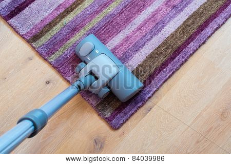 Spring Cleaning - Vacuum cleaner to tidy up