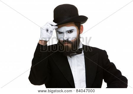 Portrait of the suspicious mime