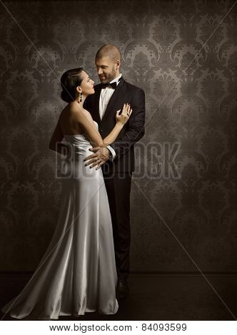 Couple Retro Man And Woman In Love, Fashion Beauty Portrait Of Models Embracing Vintage Backgroung