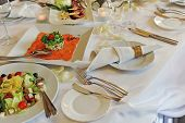 foto of banquet  - white Banquet table setting for wedding dinner - JPG