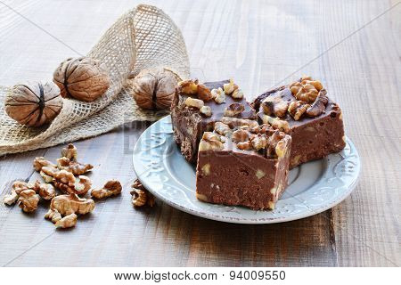 Chocolate Fudge With Walnuts
