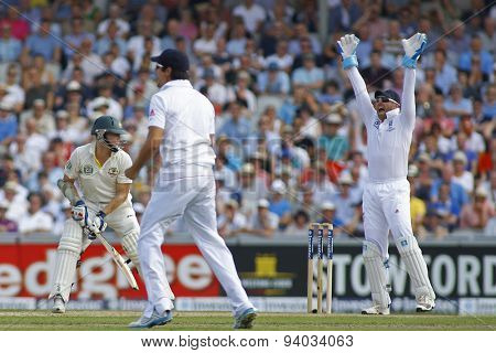 MANCHESTER, ENGLAND - August 01 2013: Matt Prior appeals for the wicket of Chris Rogers LBW off the bowling of Graeme Swann during day one of  the Investec Ashes 3rd test match