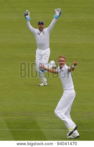 CHESTER LE STREET, ENGLAND - August 10 2013: Matt Prior catches the ball to dismiss Usman Khawaja off the bowling of Stuart Broad during day two of the Investec Ashes 4th test match