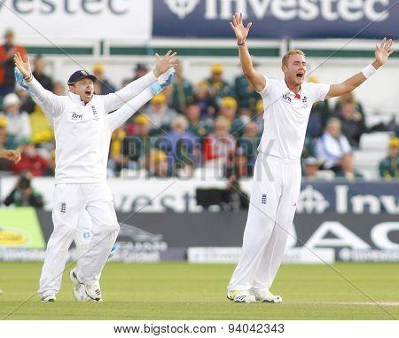 CHESTER LE STREET, ENGLAND - August 12 2013: Ian Bell and Stuart Broad appeal for the wicket of Steven Smith during day four of the Investec Ashes 4th test match at The Emirates Riverside Stadium