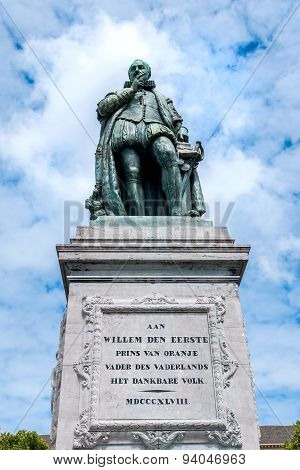The Monument Of William The First, Prince Of Oranje On Het Plein - The Large Square In The Hague