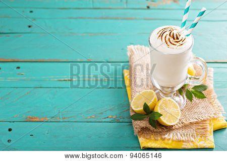 Lemon milkshake with meringue on top