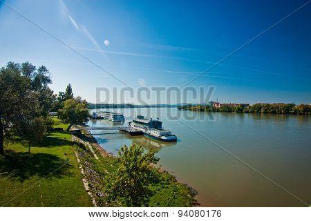 Danube, Esztergom