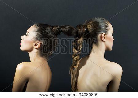 Naked Girls With Hairdo