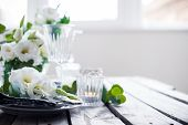 pic of wedding table decor  - Table setting with white flowers - JPG