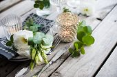 foto of wedding table decor  - Table decor with white flowers - JPG
