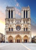 picture of notre dame  - Notre Dame Cathedral ini Paris at sunrise - JPG
