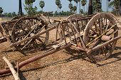 pic of cart  - Wooden ox cart for Ox cart racing in Thailand - JPG
