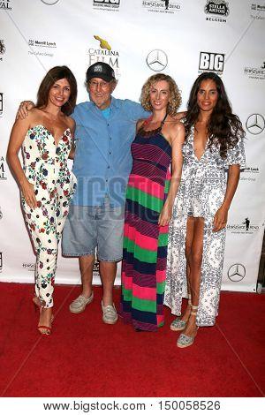 LOS ANGELES - SEP 30:  Romina Carvana, Spencer Davis, Olimpia Marmoross, Kesia Elwin at the catalina Film Festival - Friday at the Casino on September 30, 2016 in Avalon, catalina Island, CA