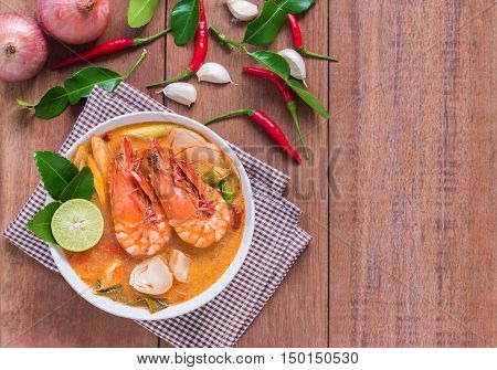 Tom Yam Kung and Ingredients Thai cuisine.