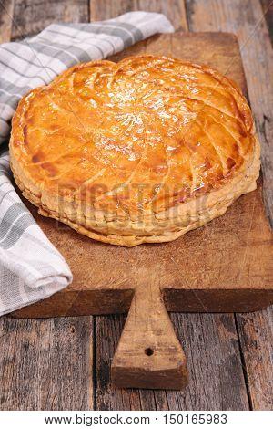 traditional epiphany cake