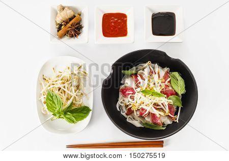 Pho - Vietnamese Rare Beef Noodle Soup
