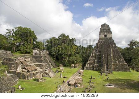 Jaguar Pyramide And Ruins