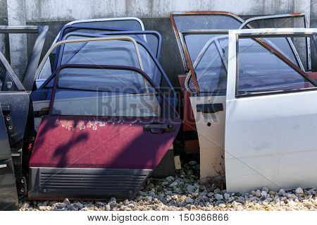 Many Car Doors For Aftermarket.