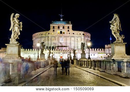 castel santangelo in Rome at night - Italy