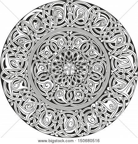 Complex Decorative Round Knot Pattern