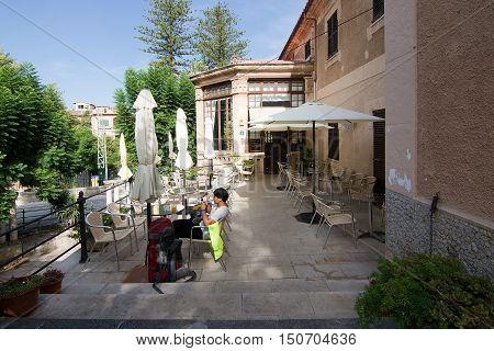 Soller Train Station Cafe Mallorca
