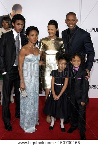 Jada Pinkett Smith, Will Smith, Thandie Newton, Willow and Jaden Smith at the Los Angeles premiere of 'The Pursuit of Happyness' held at the Mann Village Theater in Westwood, USA on December 7, 2006.