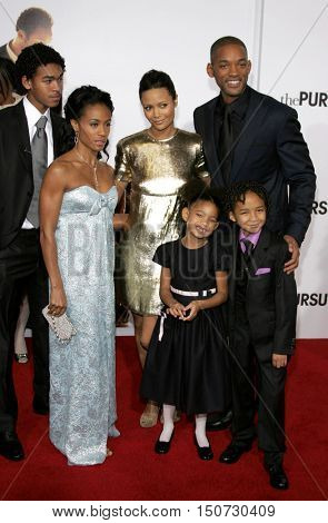 Will Smith, Jada Pinkett Smith, Thandie Newton, Willow and Jaden Smith at the Los Angeles premiere of 'The Pursuit of Happyness' held at the Mann Village Theater in Westwood, USA on December 7, 2006.