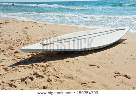 Mideast-israel-sea-beach-lifesaving-tool