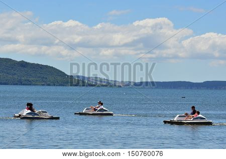 Pacific-nz-new-zealand-travel-vacation-cityscape-landscape-urbanism-rutarua-lake-pedals-boats