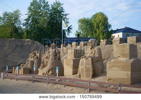 LAPPEENRANTA, FINLAND - AUGUST 21, 2016: Sculptures sandy city of august morning. Tourist landmark of the city Lappeenranta, Finland