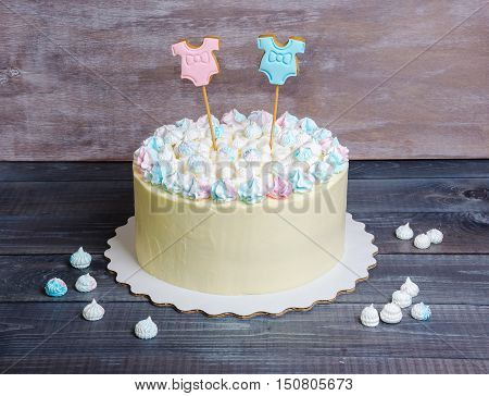 Gender Reveal Cake With Marshmallow And Gingerbread