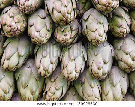the texture of artichokes to eat in the kitchen