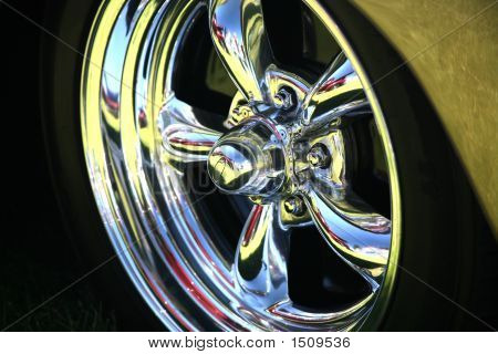 Polished Chrome Wheel