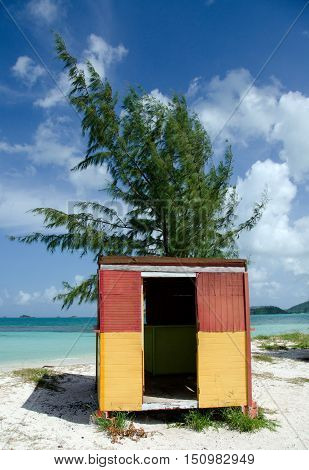 Colorful Shack On Beautiful Cocobay Beach - 1