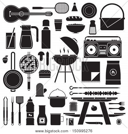 Barbecue and picnic set. Family weekend collection with barbeque grill, picnic games and grilling tools. Vegetarian barbecue set with soya sausages, mushrooms and vegetables. Picnic outline icons.