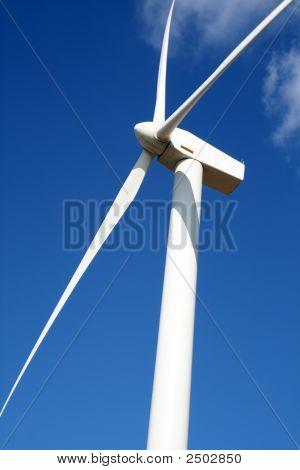 Generadores de la eólica en un parque eólico