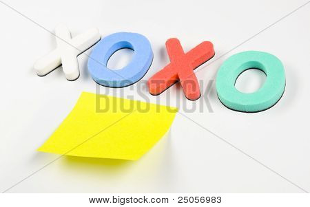xoxo and sticky note