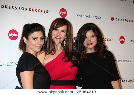 LOS ANGELES - NOV 7:  Jamie-Lynn Sigler, Sara Rue, Tiffani Thiessen arrives at the 3rd Annual Give & Get Fete at The London West Hollywood on November 7, 2011 in West Hollywood, CA