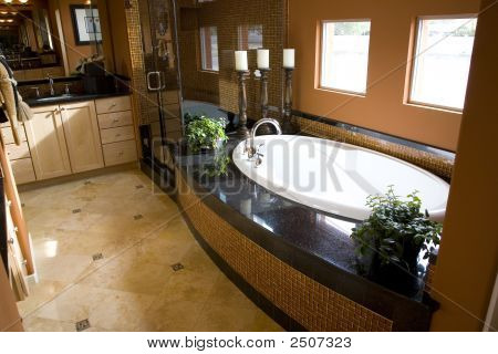 Bathroom 2675