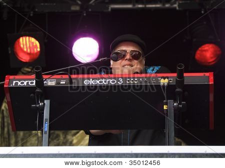 Reverend Big Plays Keyboard On Stage For Memphis Maniacs