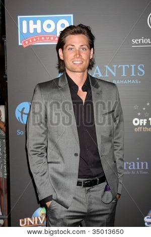 LAS VEGAS - JUN 19:  Zack Conroy arriving at the  38th Daytime Emmy Awards at Hilton Hotel & Casino on June 19, 2010 in Las Vegas, NV.