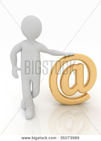 3D Man standing at gold e-Mail Zeichen auf weißem Hintergrund