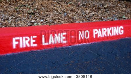 Fire Lane No Parking