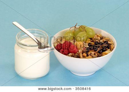 Granola And Yoghourt
