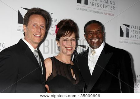 LOS ANGELES - JAN 29:  Steven Weber, Jane Kaczmarek, Keith David at the Valley Performing Arts Center Opening Gala at California State University, Northridge on January 29, 2011 in Northridge, CA