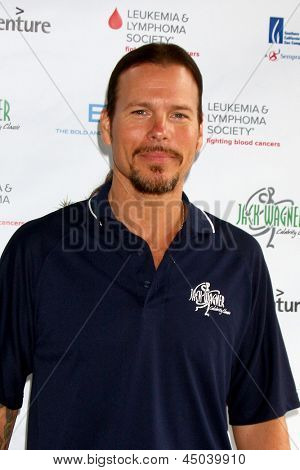 LOS ANGELES - APR 15:  Sean McNabb at the Jack Wagner Celebrity Golf Tournament benefitting the Leukemia & Lymphoma Society at the Lakeside Golf Club on April 15, 2013 in Toluca Lake, CA