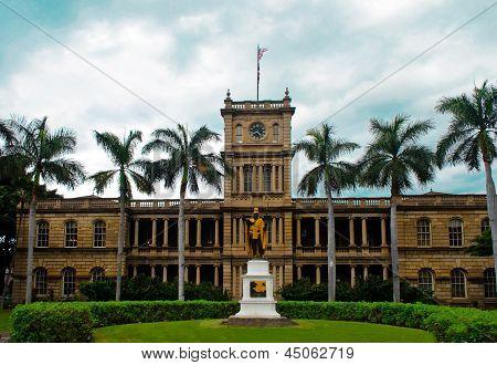 Clock tower Oahu