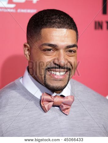 LOS ANGELES - MAR 05:  David Otunga arrives to the