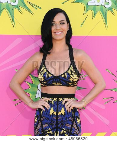 LOS ANGELES - MARCH 23:  Katy Perry arrives to the Kid's Choice Awards 2013  on Marchl 23, 2013 in Los Angeles, CA.